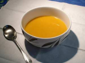 Oh dear, another orange soup... Still, it tastes anything but dull